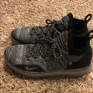 Nike KD 11 - Men's Size 10.5